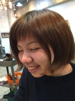 営業後スタッフの髪をカット_20160318_1