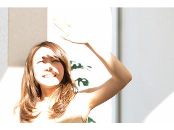 強い日差しから髪の毛を守る艶髪ハーブ_20180716_1
