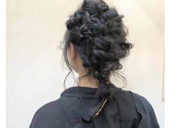 ゆるっとかわいいヘアアレンジも_20181006_2