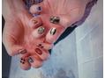 asymmetry nail