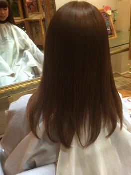 縮毛矯正とストレートパーマの違いについて