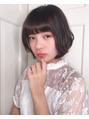 【秋冬ミディアムヘアー】可愛すぎないフェミニンボブ