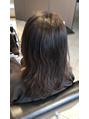 毛先のカール感を残したりもできる縮毛矯正です