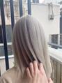 ラループ ヘアデザイン(la Loop Hair Design)ハイトーン×シルバー