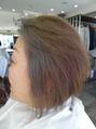 白髪でも明るい流行のカラーを楽しむためには…!