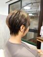 神戸舞子 大人のハンサムショートにイメージチェンジ