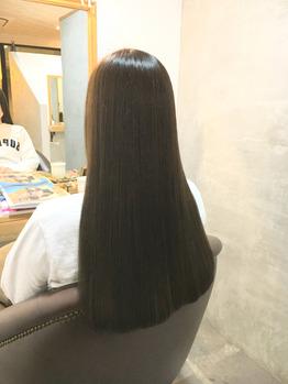 春はロングスタイルとヘアリペアで潤い髪になる季節_20170409_1