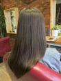 見て触って実感!毛髪修復型フラーレン縮毛ヘアエステ