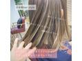 【山岡未夢】夏は明るめ!ポイントカラーが人気!