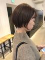 アルバム シンジュク(ALBUM SHINJUKU) 【ショートにチョコブラウンが可愛い !!(^^)】