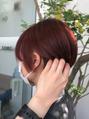赤髪ショートヘア
