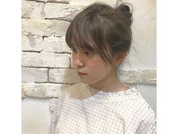 お団子ヘアはざっくりが可愛い!_20180513_2