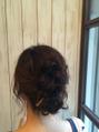 ロブでまとめ髪