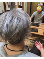 店長の髪を染めました☆