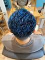 青×短髪ツンツン