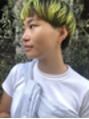 自分らしさを表現するショートヘア