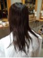 まとめ髪、OVALシルエット。