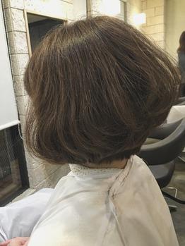 季節が変わると髪型も変わる?