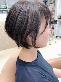 髪の量が多めでも似合う髪型とは?【ショート編】_20190922_1