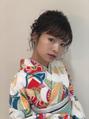 袴の着付けとヘアセット9980円