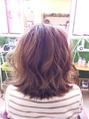 メッシュ+ボブスタイルからの巻髪ヘア