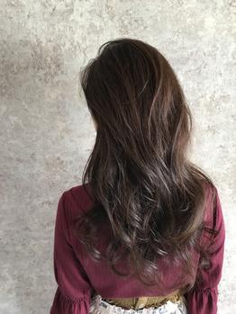 乾燥の季節にしっかり髪をケアしましょう♪_20181110_1