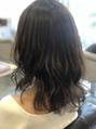 ジーナギンザ(Zina GINZA)ミディアムヘアを26mmのコテで