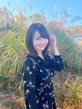 ミディアムヘアスタイル☆_20191116_4