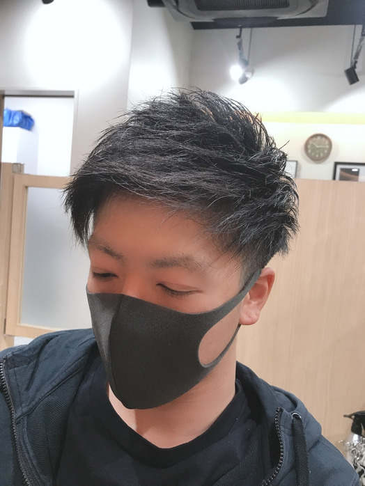 マスクにも似合うスタイル