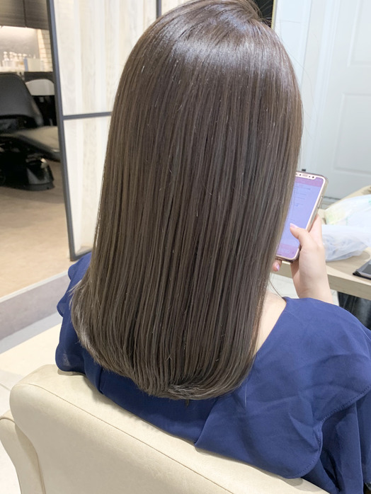 フォギーベージュで夏らしくかわいい髪色に☆☆_20200726_3