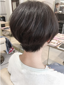 大人女性ショートヘア☆【絶壁解消!ショートボブ】_20180903_4