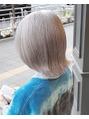 ヘアーアイスカルテット(HAIR ICI QUARTET)ホワイトブリーチ