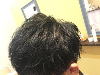 坂田が手がけるランダムパーマ!_20180807_1