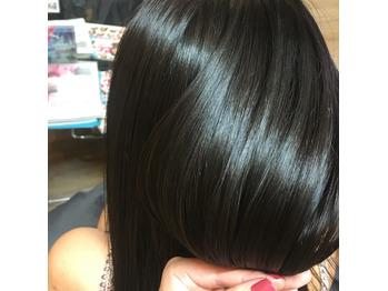 hitomi☆艶髪暗髪なら外国人の地毛風カラー
