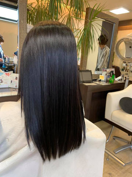 髪が細く、細かいうねりが出てきた髪に酸性の縮毛矯正_20190605_3