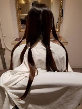 髪を切って社会貢献_20200428_2