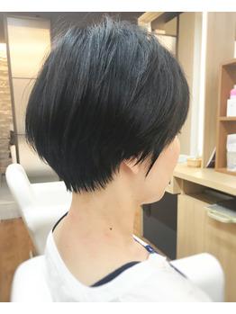 黒髪ショート_20190729_1