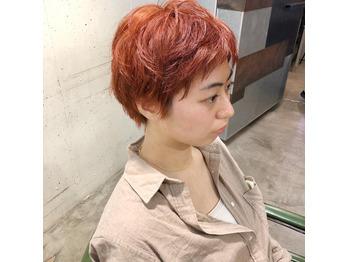 ショートヘア/オレンジカラー/ブリーチカラーとの比較_20200527_3