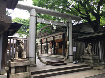 乃木神社のよりそひ守_20170611_1