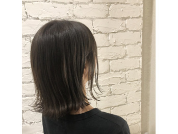 外ハネスタイル  新宿 美容室_20190725_1