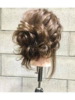 新宿歌舞伎町でヘアセットのお勉強 長戸Ryo_20190617_1
