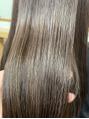 パサつく髪の毛、広がる髪の毛に。。