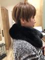 マフラーとショートヘア☆大島知子