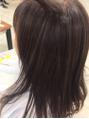 秋は暗い髪?明るい髪?