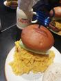 巨大ハンバーガー