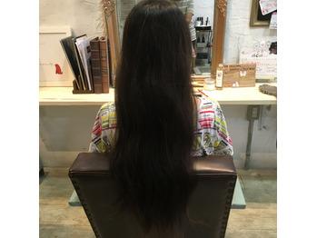 髪の毛を寄付することをヘアドネーションといいます_20160929_1