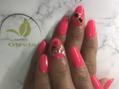 ピンクなネイル