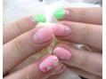 ピンク×グリーン