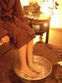 施術前の足湯の効果☆