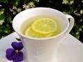 身体の不調を整えてくれる!レモン白湯